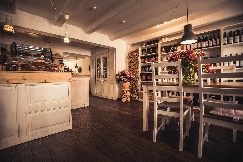 Das-Kuenstlercafe-Husum-ist-total-niedlich