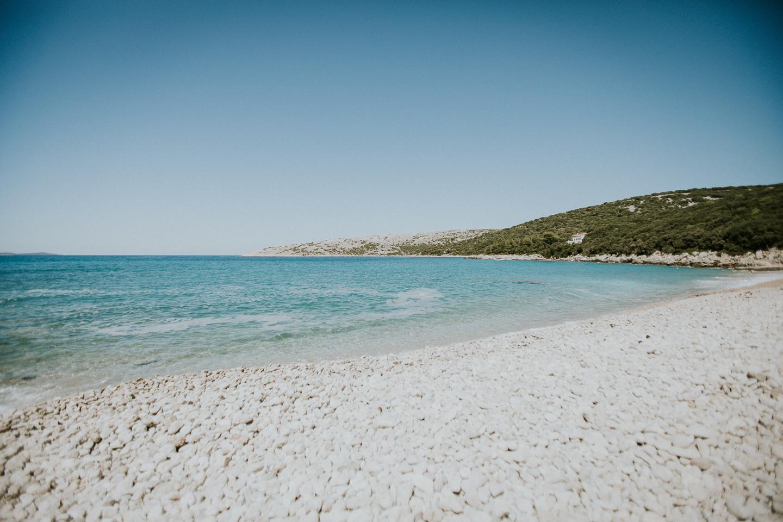 Die Bucht von Ustrine der Insel Cres