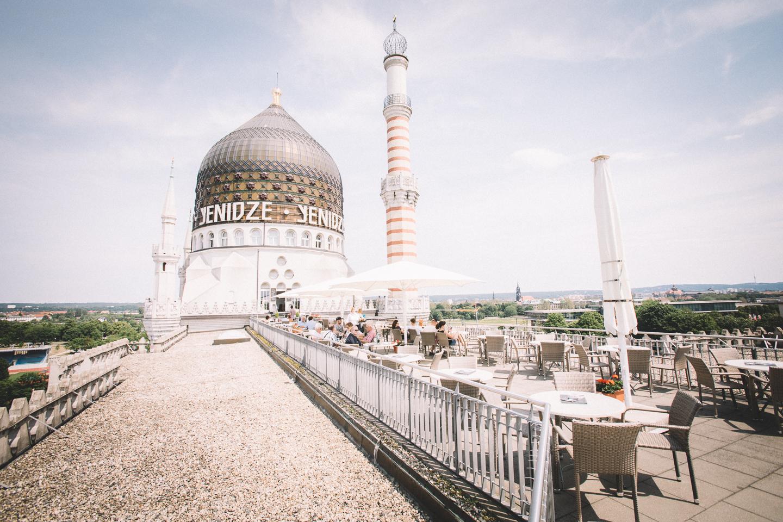 Yenidze-Dresden-mit-Biergarten